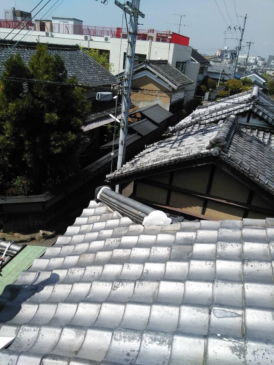 京都市にて屋根工事 ~雨漏り修理~