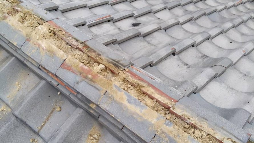 京都市北区にて棟瓦修理